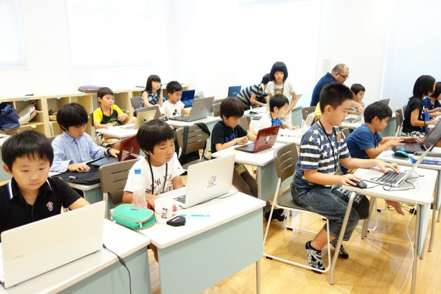 Hour of code・クリスマスイベントのご案内