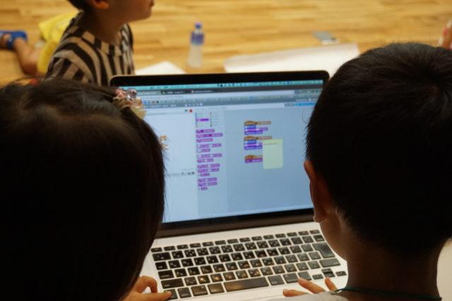 小学生のキミへ。ゲームは遊ぶより作れ!プログラミング(スクラッチ)で実現しよう。